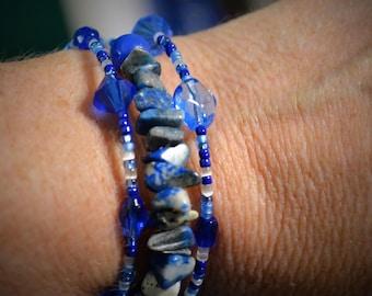 Blue 3 Wrap Memory Wire Bracelet w/Lapis Lazuli chips