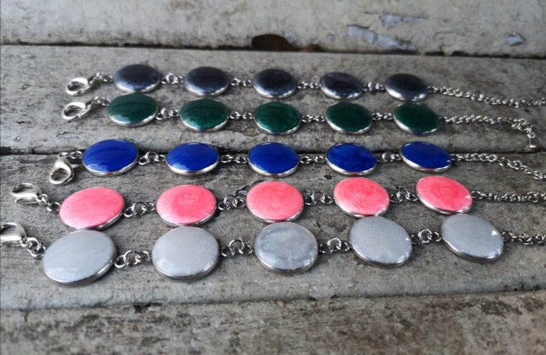 green gray bracelet blue pink Lobster clasp Epoxy resin cover Colorful stainless steel bracelet White Pearlescent color
