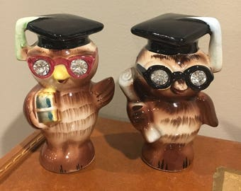 Lefton graduation owl salt and pepper shakers