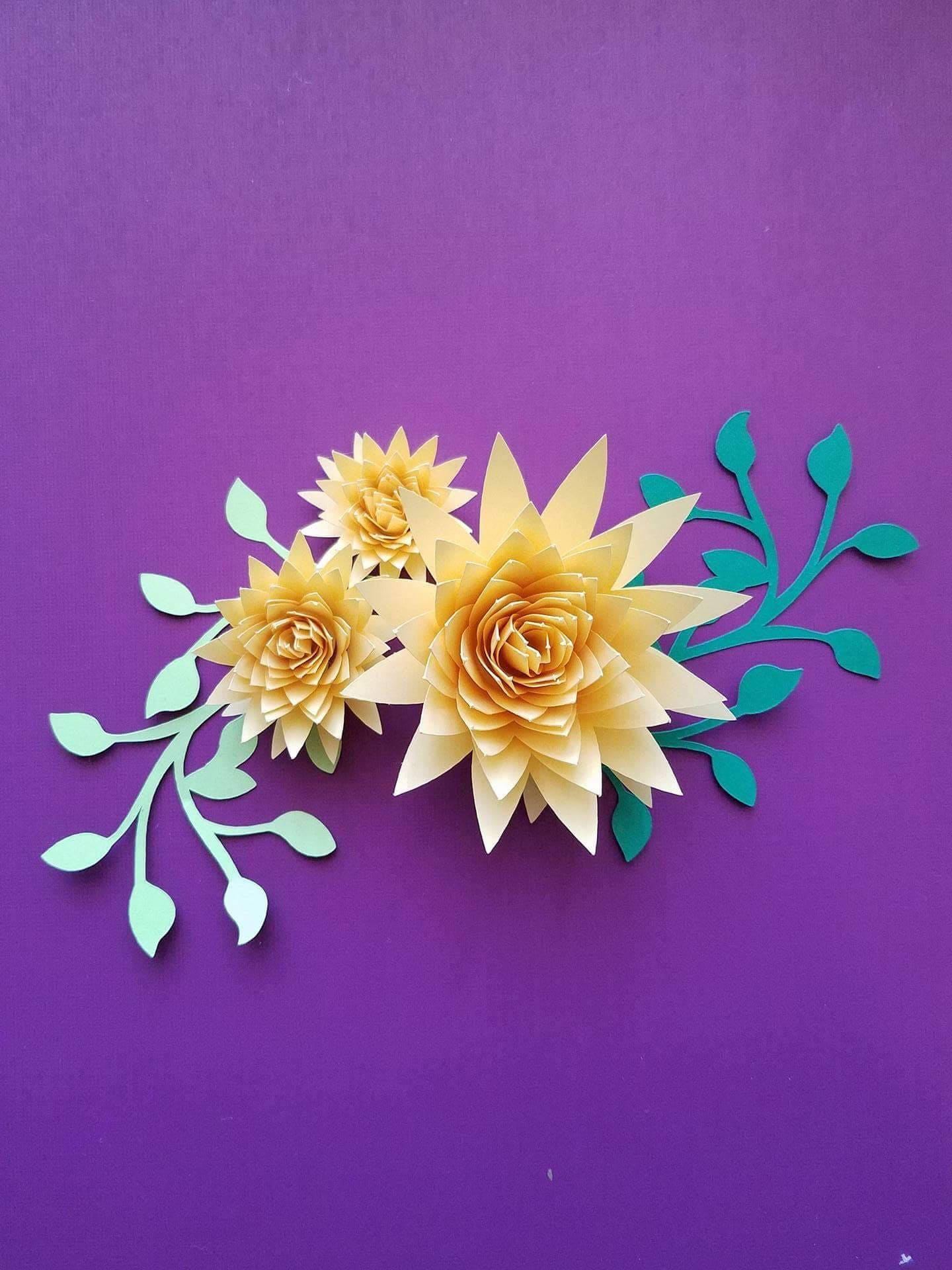 Set Of 10 Small Paper Flowers Rolled Paper Flowers Origami Etsy