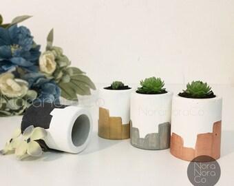 Mini Air planter/ Mini Concrete Planter/ Concrete Pot/ Mini Planter/ Mini Cactus Pot/ Mini Succulent Pot/Pencil holder/