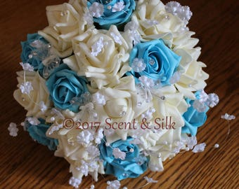Wedding Bouquets, Brides, Bridesmaids, Turquoise and Ivory.