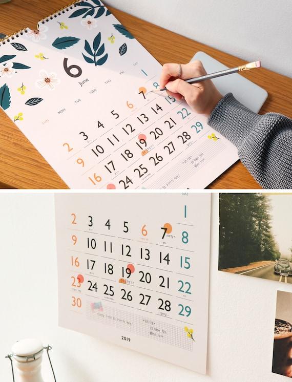 CALENDRIER MURAL 2019 | Calendrier 2019 | | Calendrier de bureau | 2019 Calendrier 2019 | Stand calendrier | Calendrier de fleurs | Cadeau de Noël | Planificateur de 2019 | Rose 5c55ed