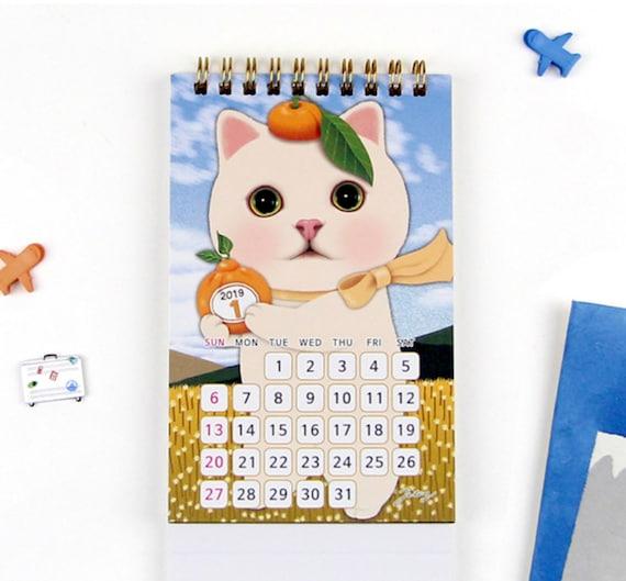 CALENDRIER DE BUREAU 2019   Modèle calendrier calendrier Modèle   Les amateurs de chat   Kitty calendrier   Calendrier de kawaii   Planificateur mensuel   Agenda annuel   Free Note   Pêche 17bb2f