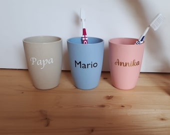 Toothbrush cups - wheat straw - 5 different Colors - Personalized - Your Name - Eco -
