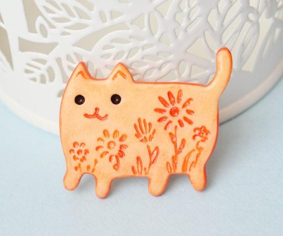 Personalised Orange Happy Cat Face Metal Pin Badge