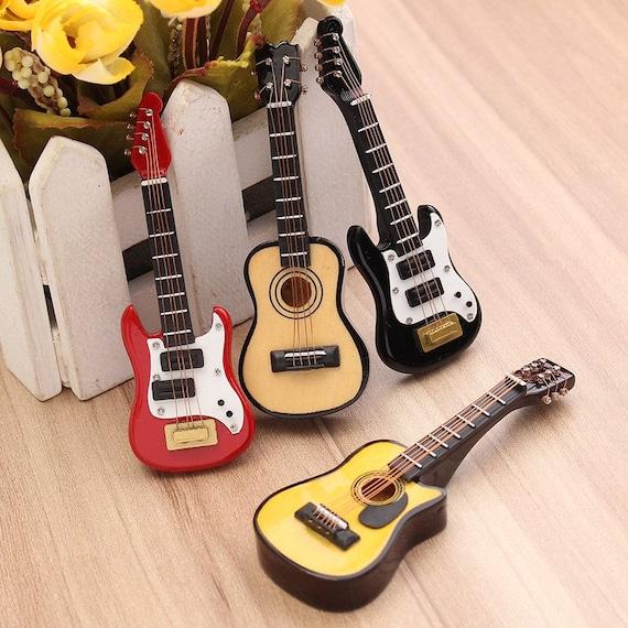 1:12 Guitar Miniature Wooden Musical Instrument Music Dollhouse Toy Decor Gift