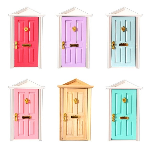 1:12 scale dolls house miniature selection of wooden  doors 5 to choose from.