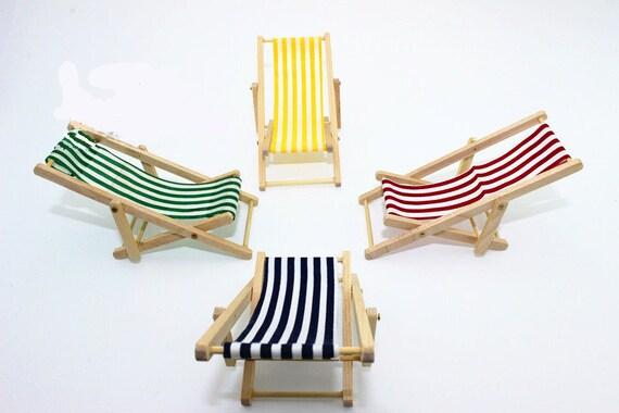 Table 1:6 Dollhouse Garden Furniture Miniature Green Beach Sunbath Chairs