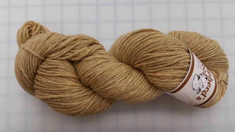 color #040417 Harvest Wheat Shepherd/'s Wool Worsted Spun Fine Wool