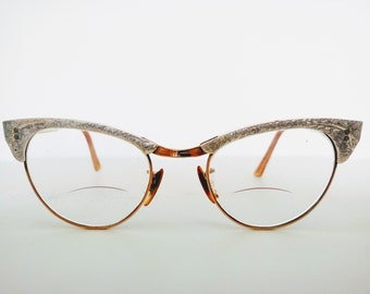 ba6712e6136 Vintage 1960s Cat Eye Glasses