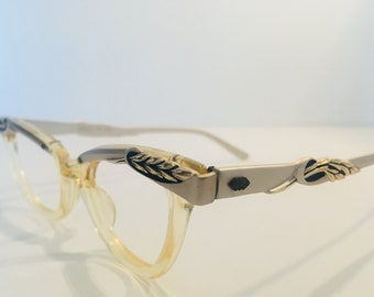 894a4004bd33 Clear Vintage 1960s Cat Eye Glasses Frames with Silver Temples