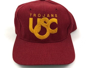 4d973ab244815 Vintage USC Trojans University of Southern California Sports Specialties  NCAA College Script Snapback Hat Cap 90s 80s