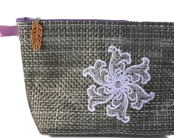 Zipper bag with snowflake embroidery