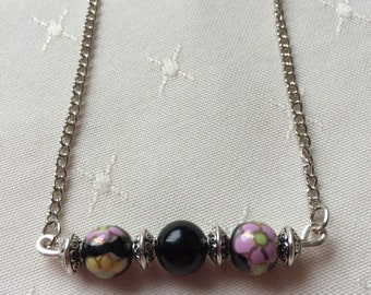 Flower Bead Bar Necklace