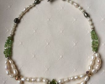 Peridot and Pearls Necklace
