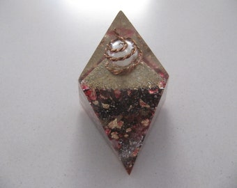 Chestahedron 13 cm tall