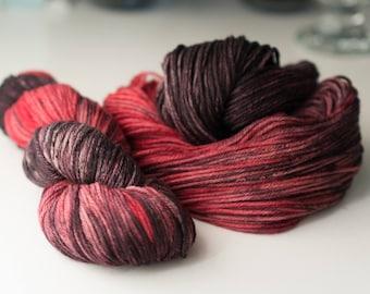 Merino wool - Dried Roses - Colorful knitting yarn