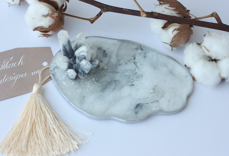 Resin agate coasters Marble geode coaster Geode ring holder dish Marble coasters Crystal trinket dish Custom jewelry organizer Ring tray