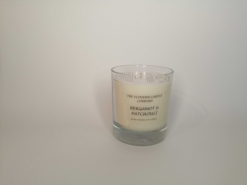 Bergamot & Patchouli  Scented Candle  Soy Candle  White image 0