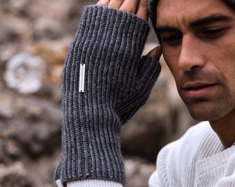 Gents fingerless cashmere gloves