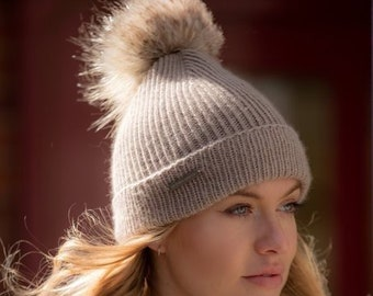 Ladies taupe cashmere hat with faux fur Pom Pom