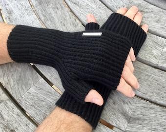 Men's fingerless cashmere gloves