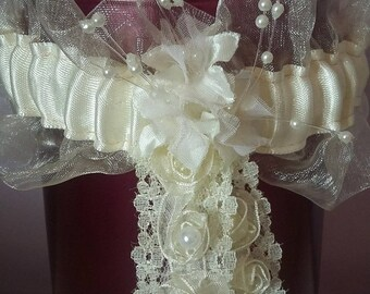 chips ivory satin and organza garter with beaded flowers