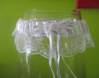 WEDDING GARTER WHITE SATIN AND LACE