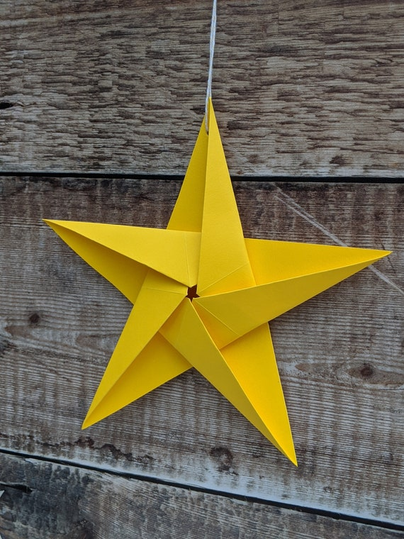 Origami star for Christmas tree topper tutorial (Hyo Ahn) - YouTube | 760x570