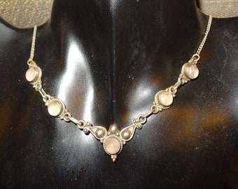 Sterling Silver 925/1000 rose quartz necklace