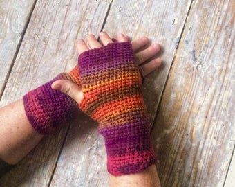 ladies fashion, fingerless mittens, gloves, wristwarmers, gift ideas