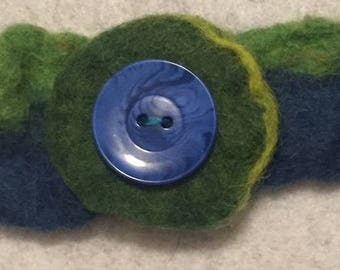 Handmade wet felted bracelet with button flower
