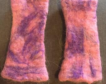Handmade merino wool fingerless gloves/gauntlets