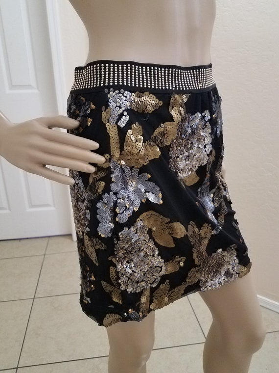 Fun and Flirty, 80's Inspired, Silver and Gold, Fl