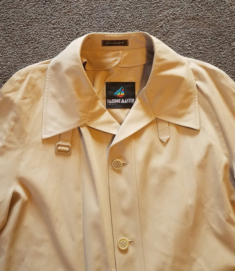 48 Long Vintage Men/'s 1980/'s Khaki Colored Water-Repellent Trench Coat Made in the USA by Harbor Master NWT
