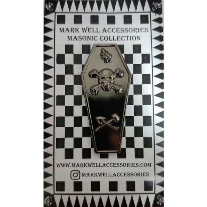Master Mason Tracing Board Masonic Pin