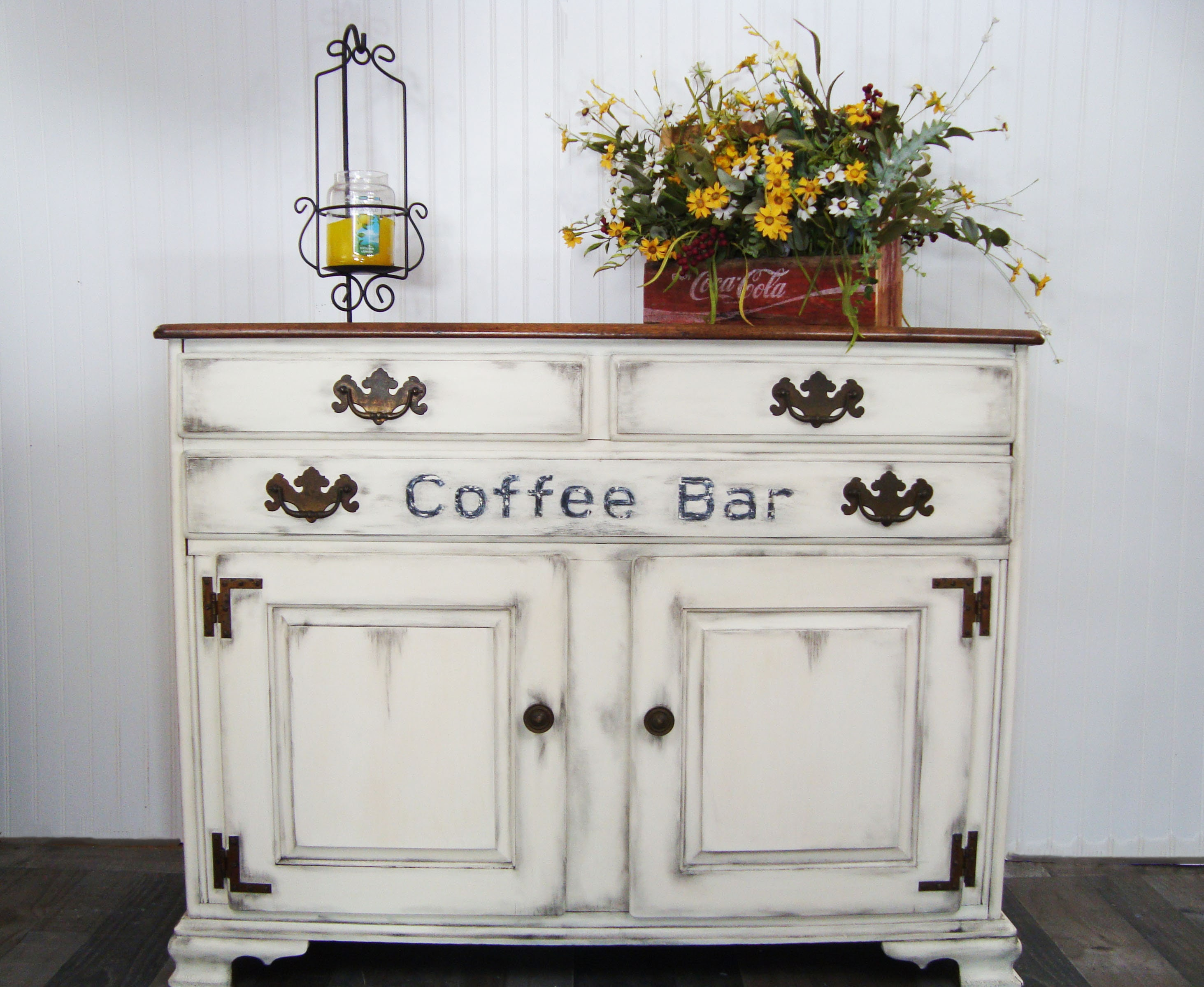 Buttercream Chalk Paint   Off White Paint   Free Shipping At 50.00 Dixie  Belle Chalk Paint   Furniture Paint   Cabinet Paint