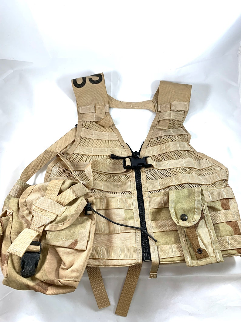 Us Army Surplus >> U S Army Surplus Flc Molle Vest With Canteen Pouch And Ammo Knife Holder Included