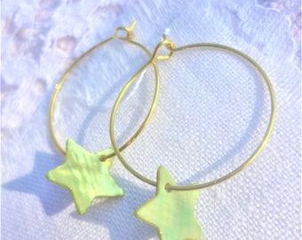 Green star hoop earrings gold