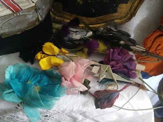 Belle epoque millinery flowers, huge lot millenery