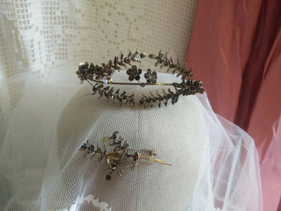 Vintage german myrtle Tiara, golden, black painted