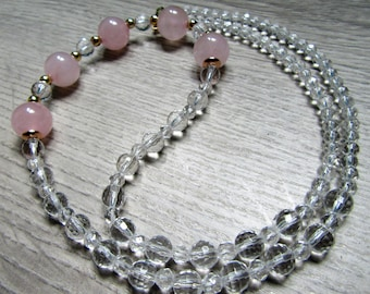 Necklace magnetized rose quartz and rock crystal