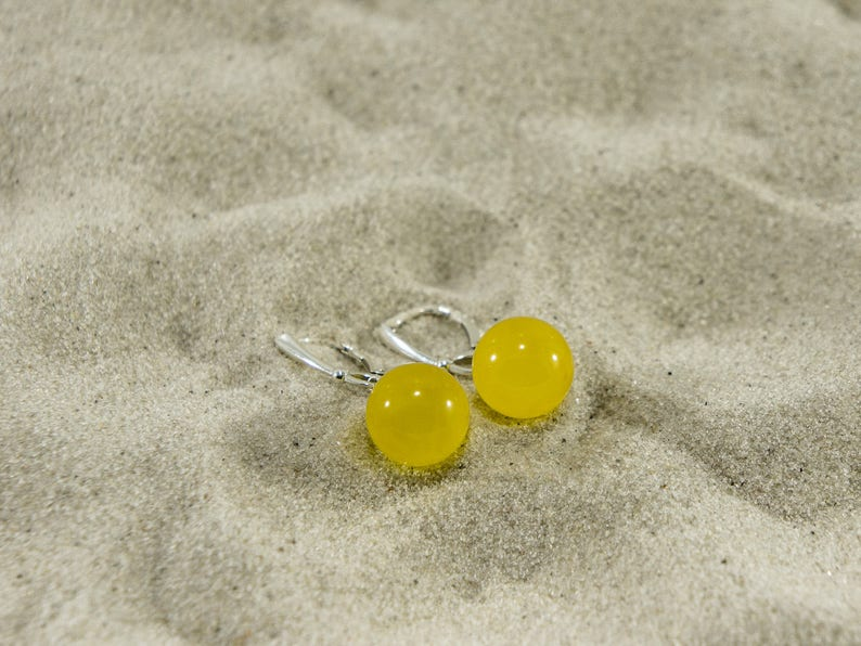 Amber earrings sunny and honey polished round natural amber image 0