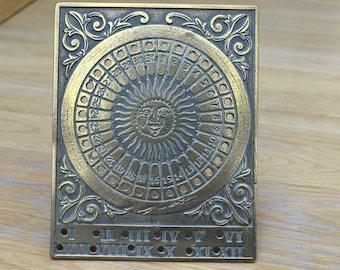 Brass sundial design perpetual calendar
