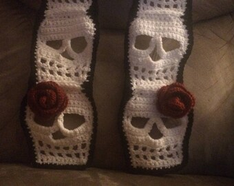 Double rose scarf