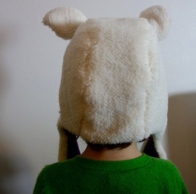 Baby lamb hat in real wool warm