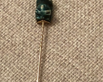 egyptian revival  stick pin solid 9ct gold