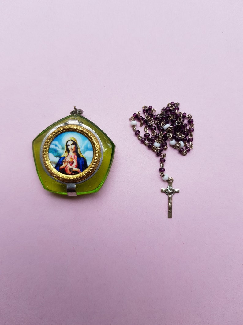 Stunning religious vintage silvered catholic rosary case miniature box container collectible Holy Virgin Mary with purple and white Rosary.