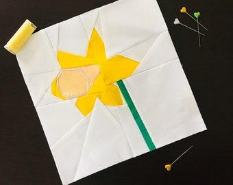 """Daffodil 9"""" Quilt Block Pattern."""
